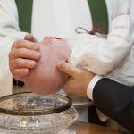 Quelques astuces simples pour organiser un baptême pas cher !