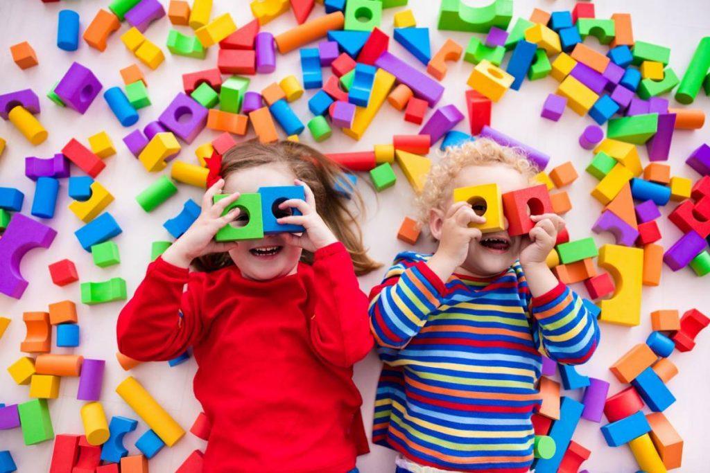 Enfants : 6 conseils pour choisir des jouets de qualité